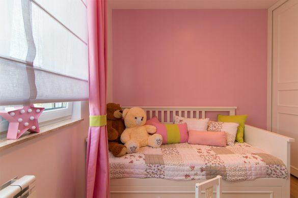 Dečija soba u kojoj sve puca od boja - projekat Sonja Brstina; Foto: Igor Conić
