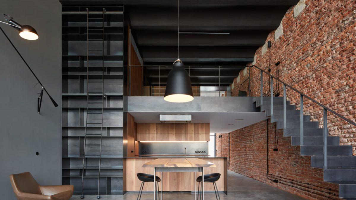 Kako je <b>stara pivara</b> u Pragu <b>pretvorena u stan</b> u industrijskom stilu